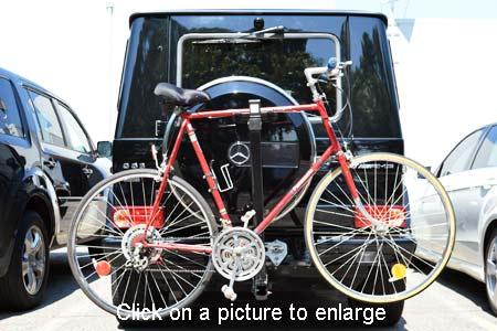 Mercedes g class trailer hitch tilting 2 bike rack for Mercedes benz bike rack